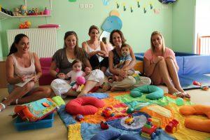 Adaptation des bébés à la crèche de l'Olivier à Contes
